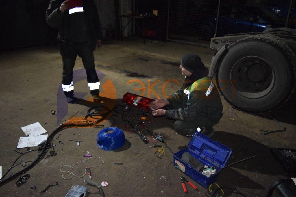 Ремонт подрамного электрического жгута проводки грузового автомобиля