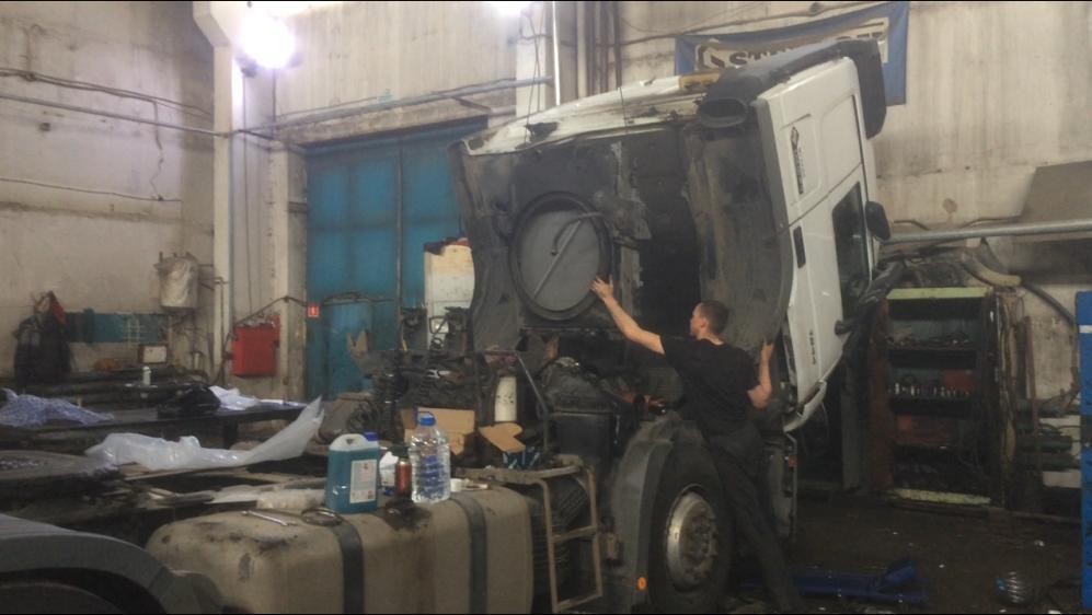 Ремонт механической части грузовых автомобилей