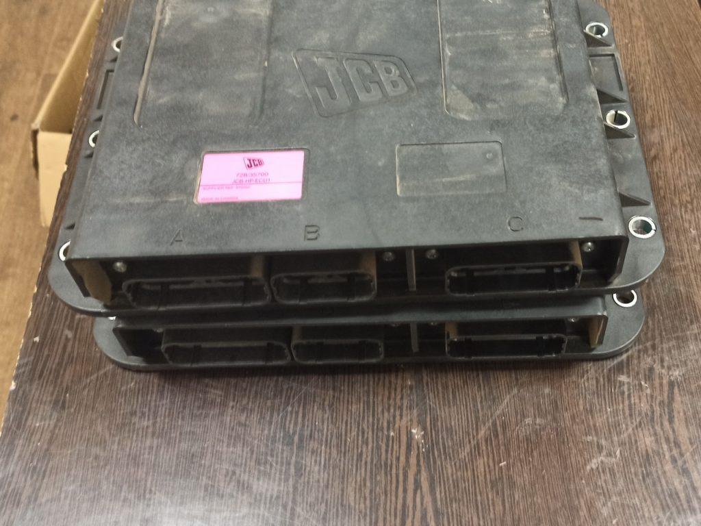 Контроллеры управления гидравликой JCB