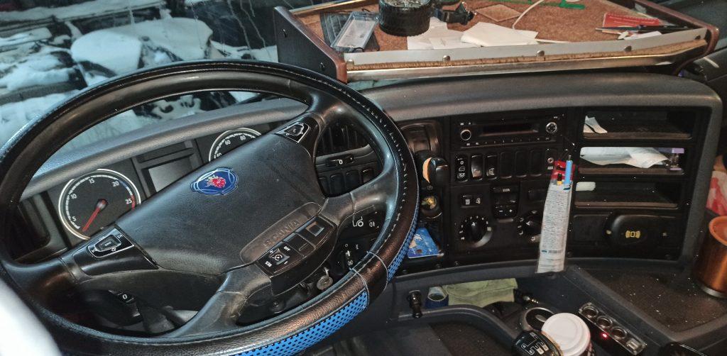 Панель управления Scania G400